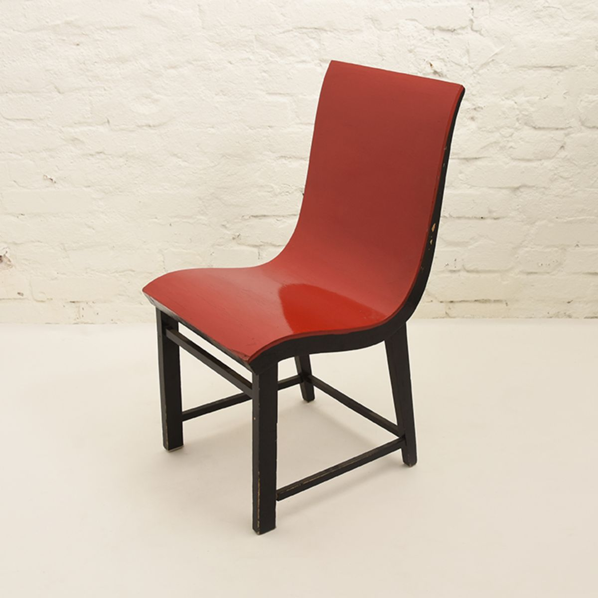 Toivonen-Eevert-Red-Chair