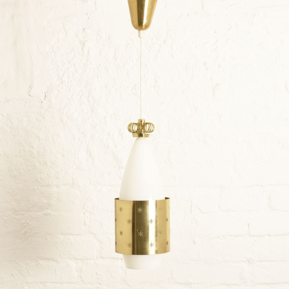 Tynell-Paavo-Brass-Wizards-Hat-Lamp