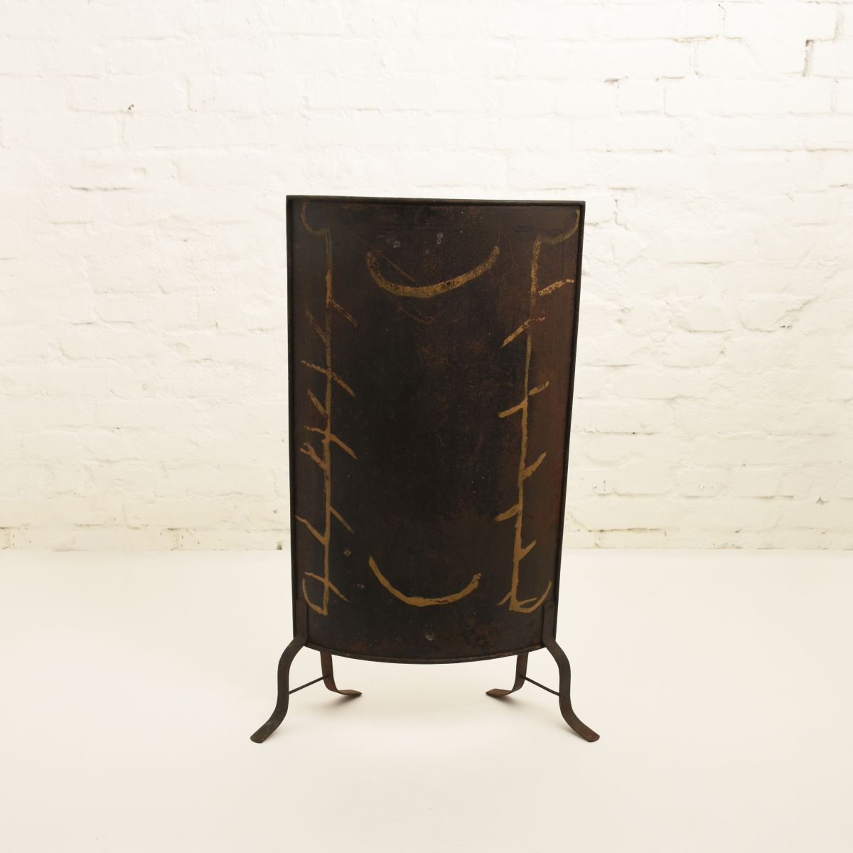 Anonymous-Fire-Screen-Front