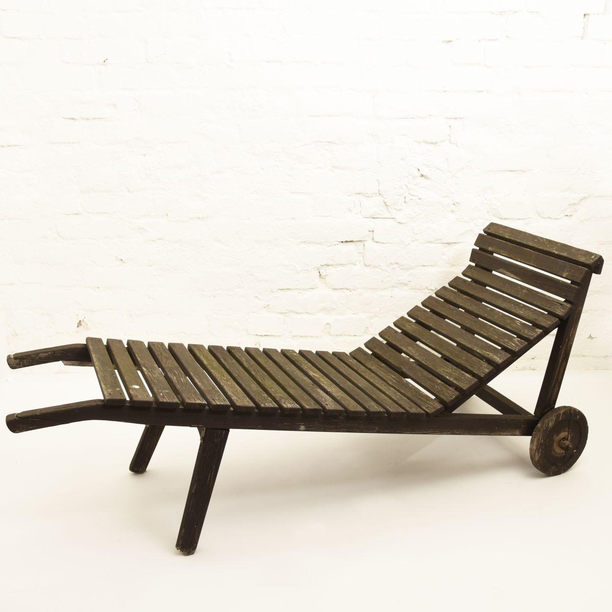 Aalto-Aino-Sun-Bed-white