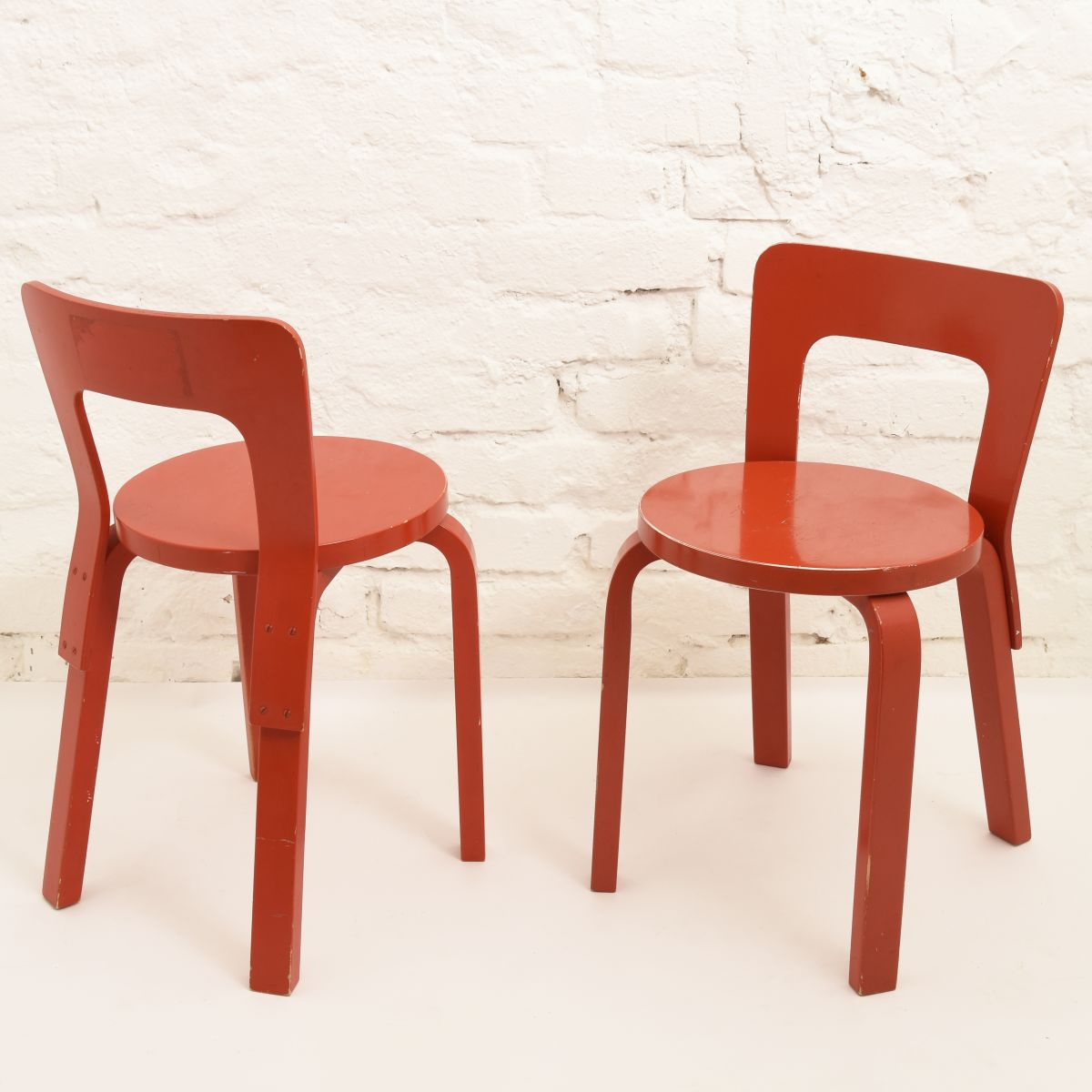 Aalto-Alvar-Chair65-Red-Painted