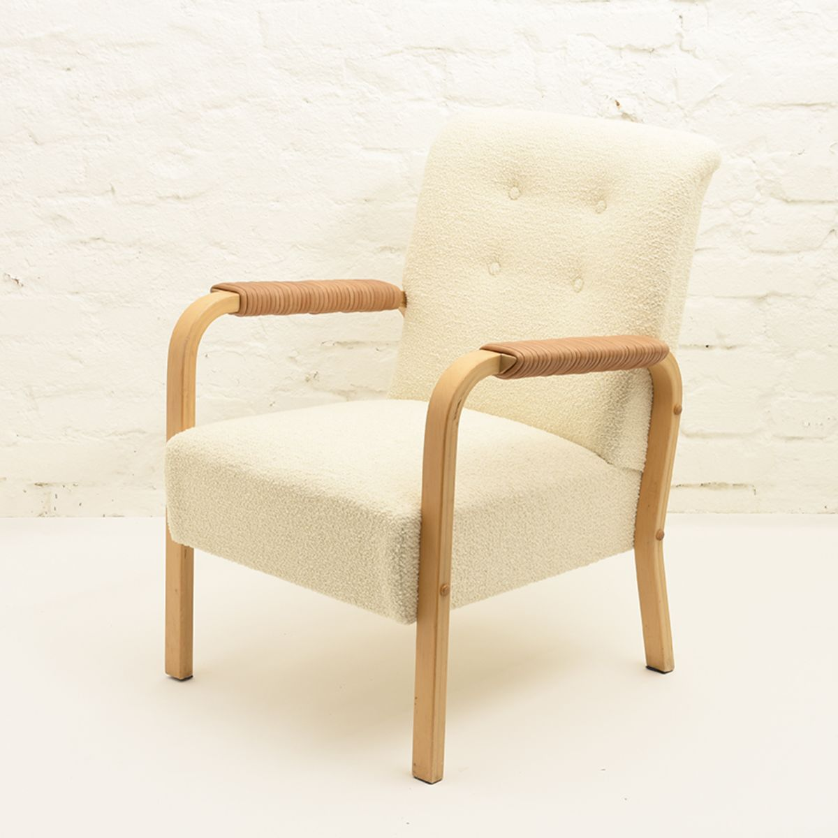 Aalto-Alvar-Chair47-Sheep-White