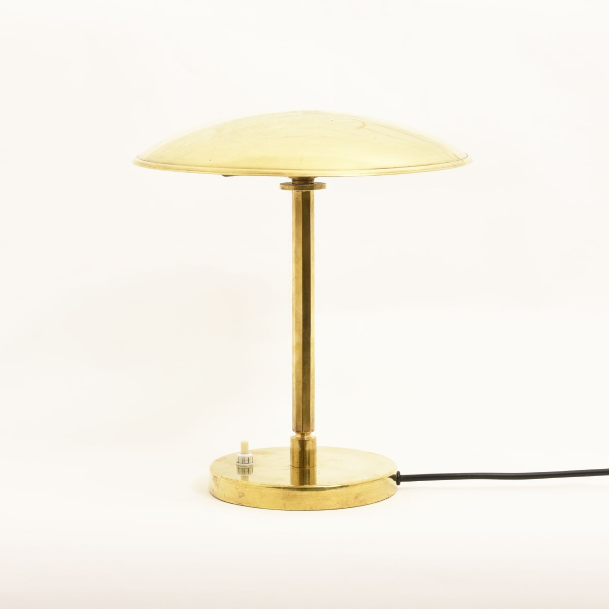 Tynell-Paavo-Brass-Table-Lamp