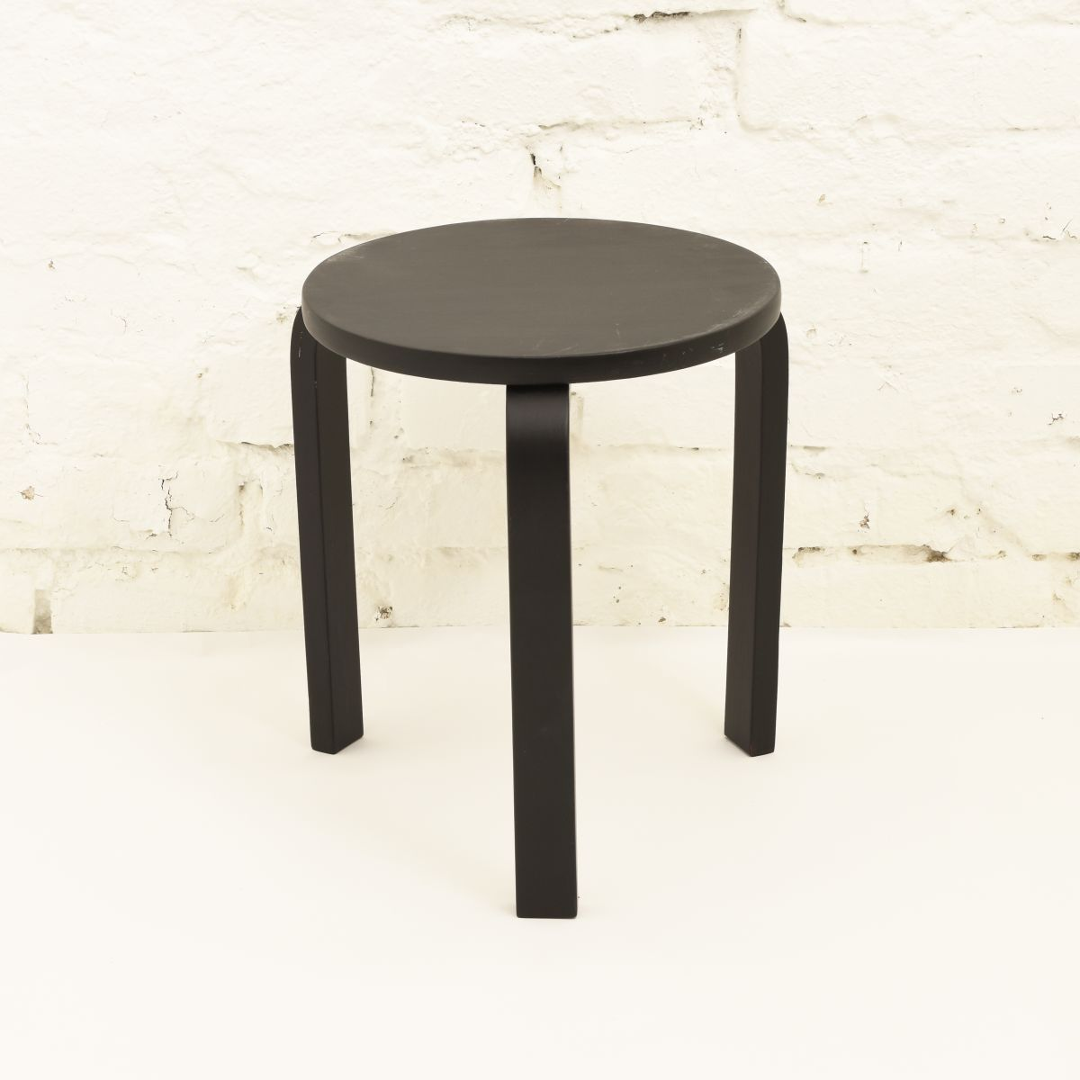 Aalto-Alvar-Stool60-Painted-Black