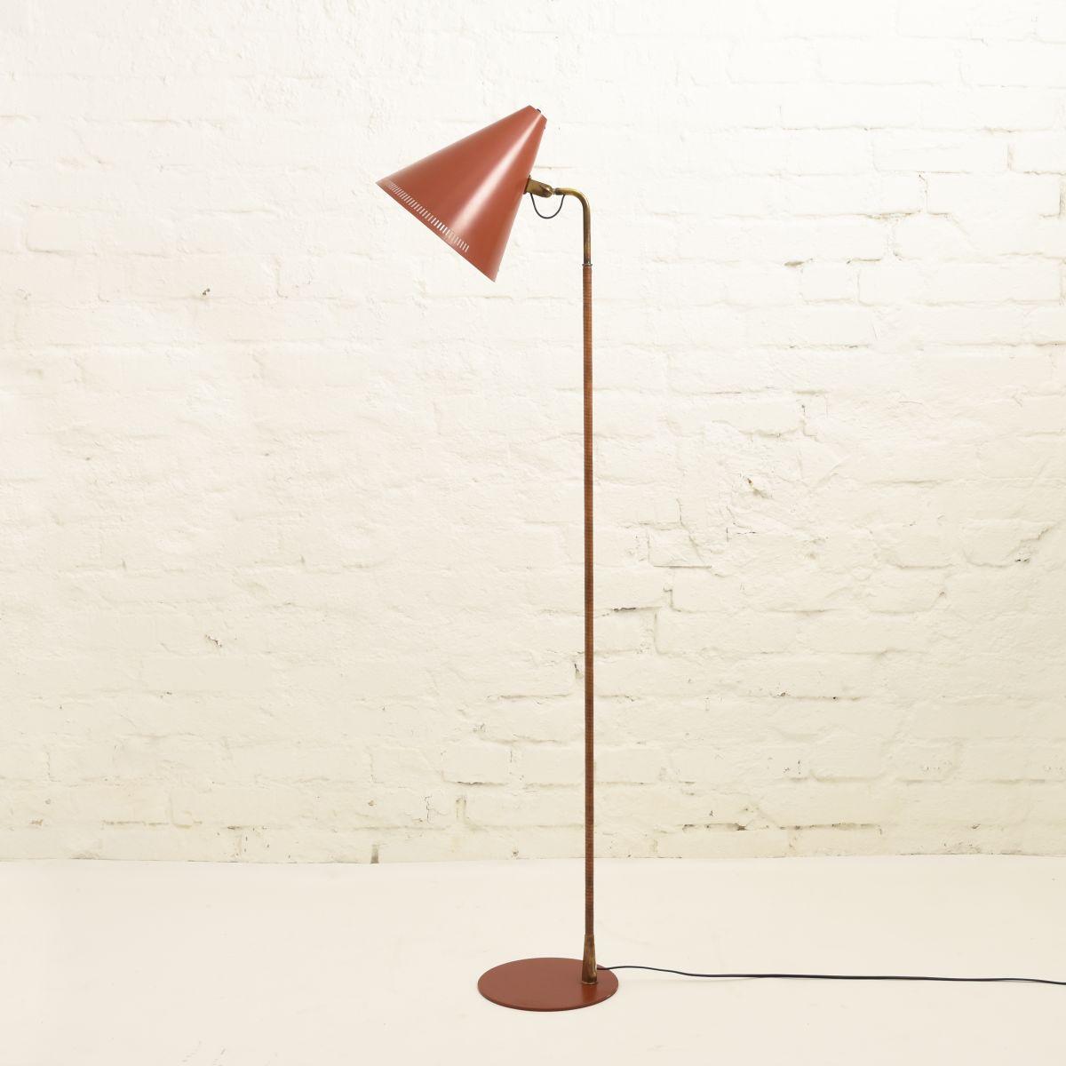Tynell-Paavo-Floor-Lamp-Rusty-Red