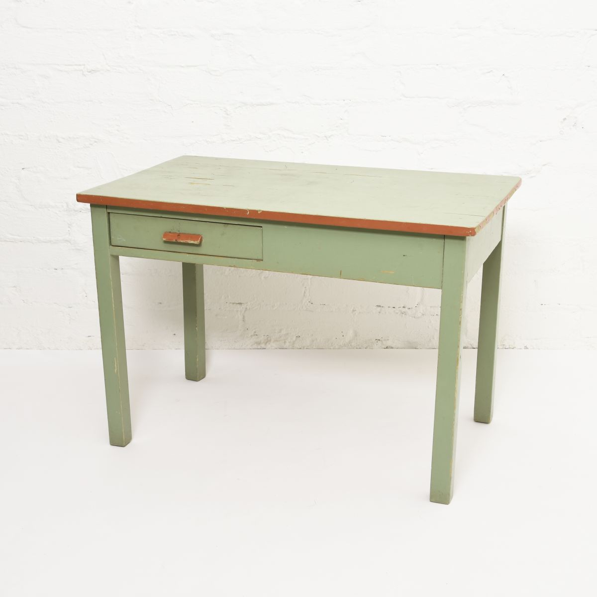 Toivonen-Eevert-Kids-Table-Green