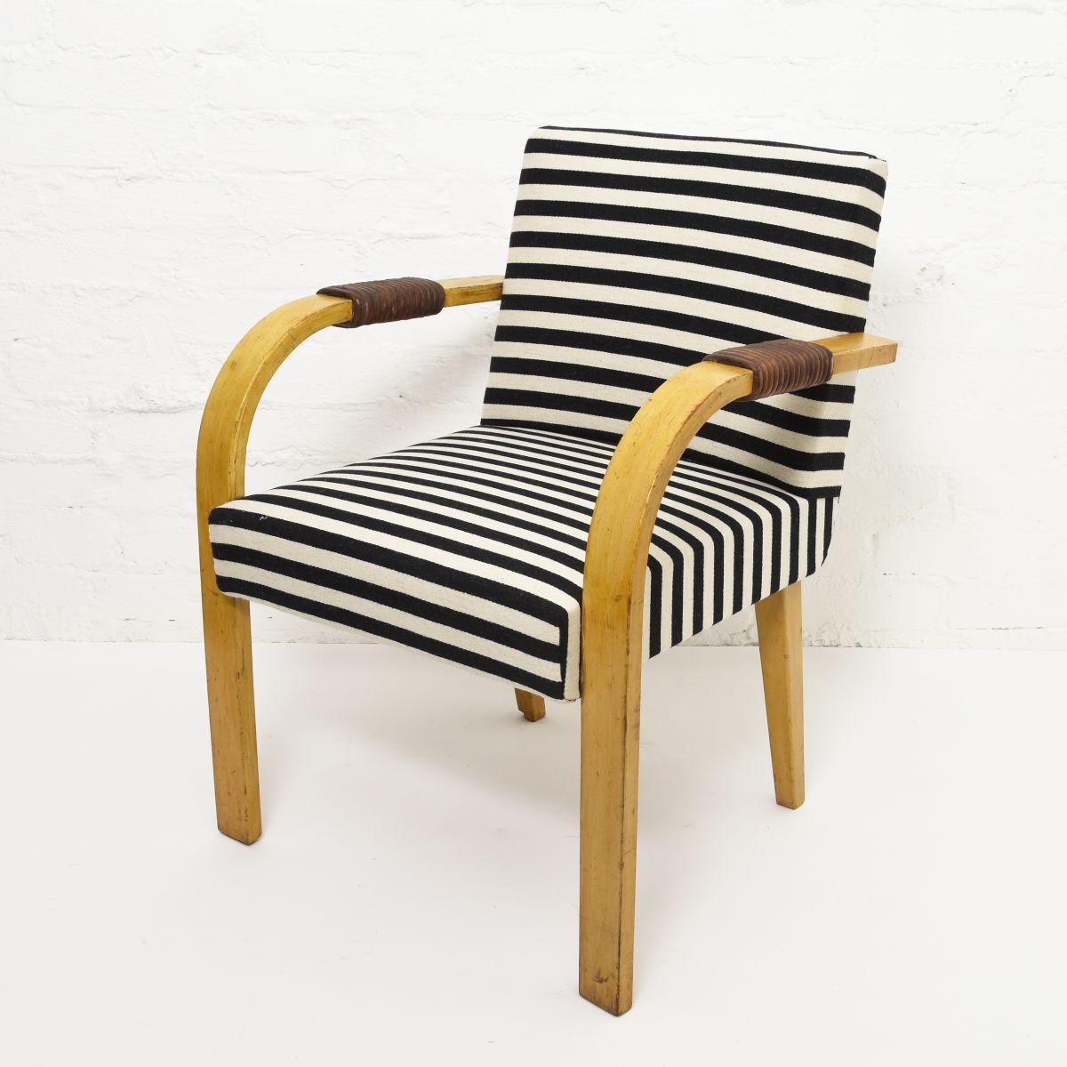 Aalto-Aino-Armchair-Stripe