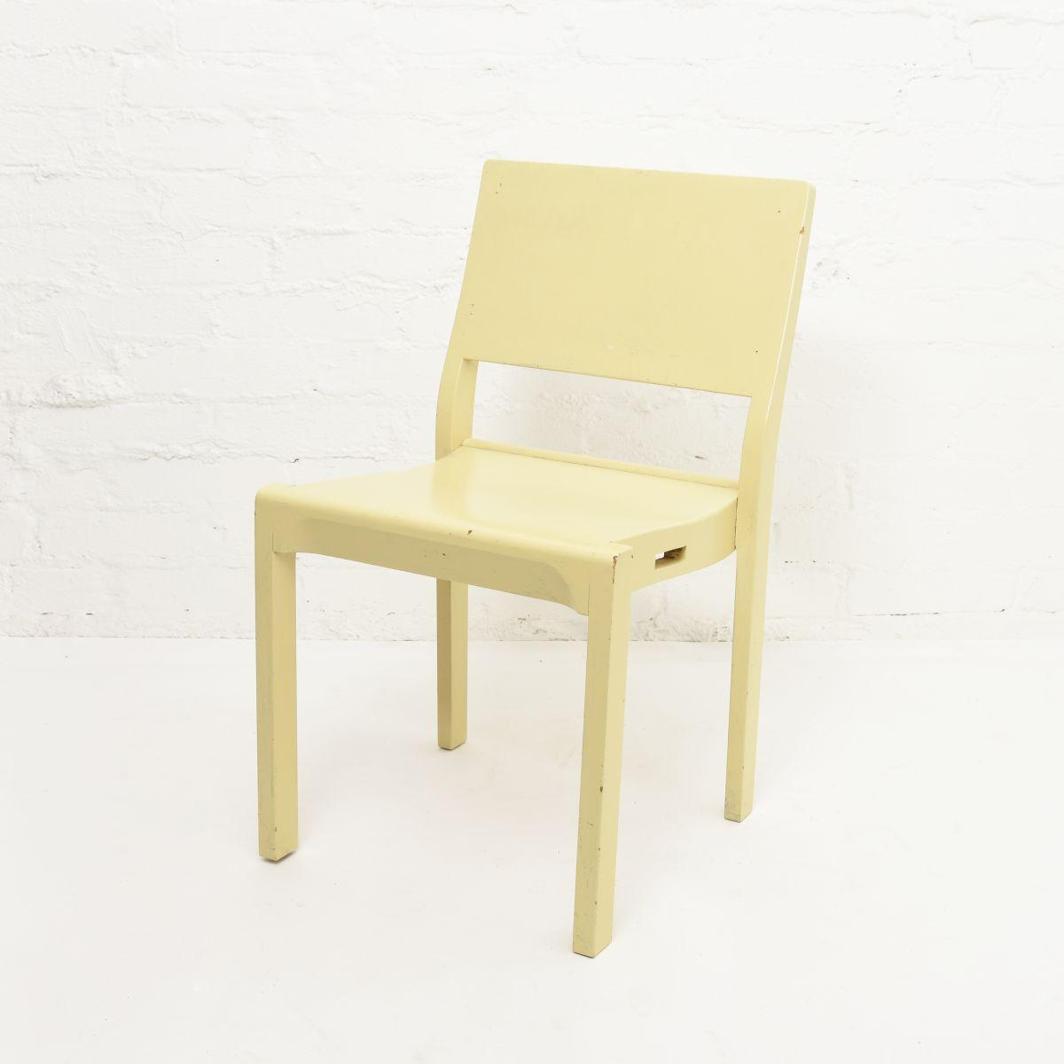 Aalto-Alvar-Chair-611-Painted