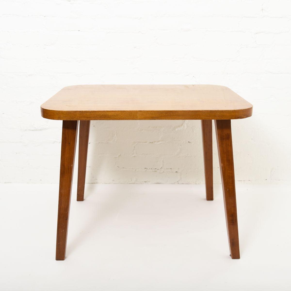Aalto-Aino-Dining-height-Table-Elm