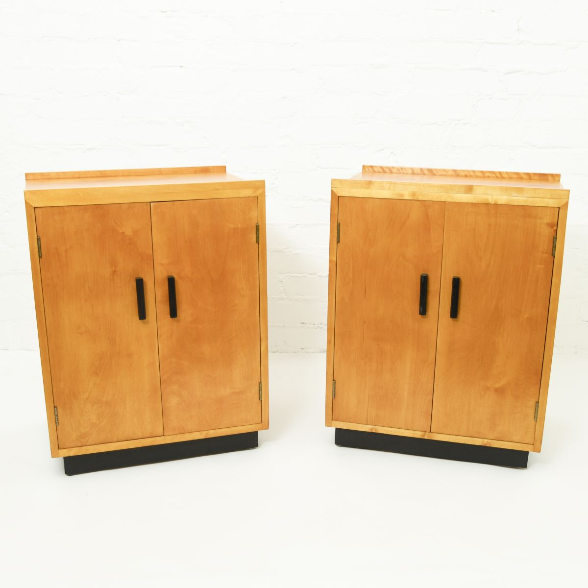 Anonymous-Cabinet-Attributed-Aino-Aalto2