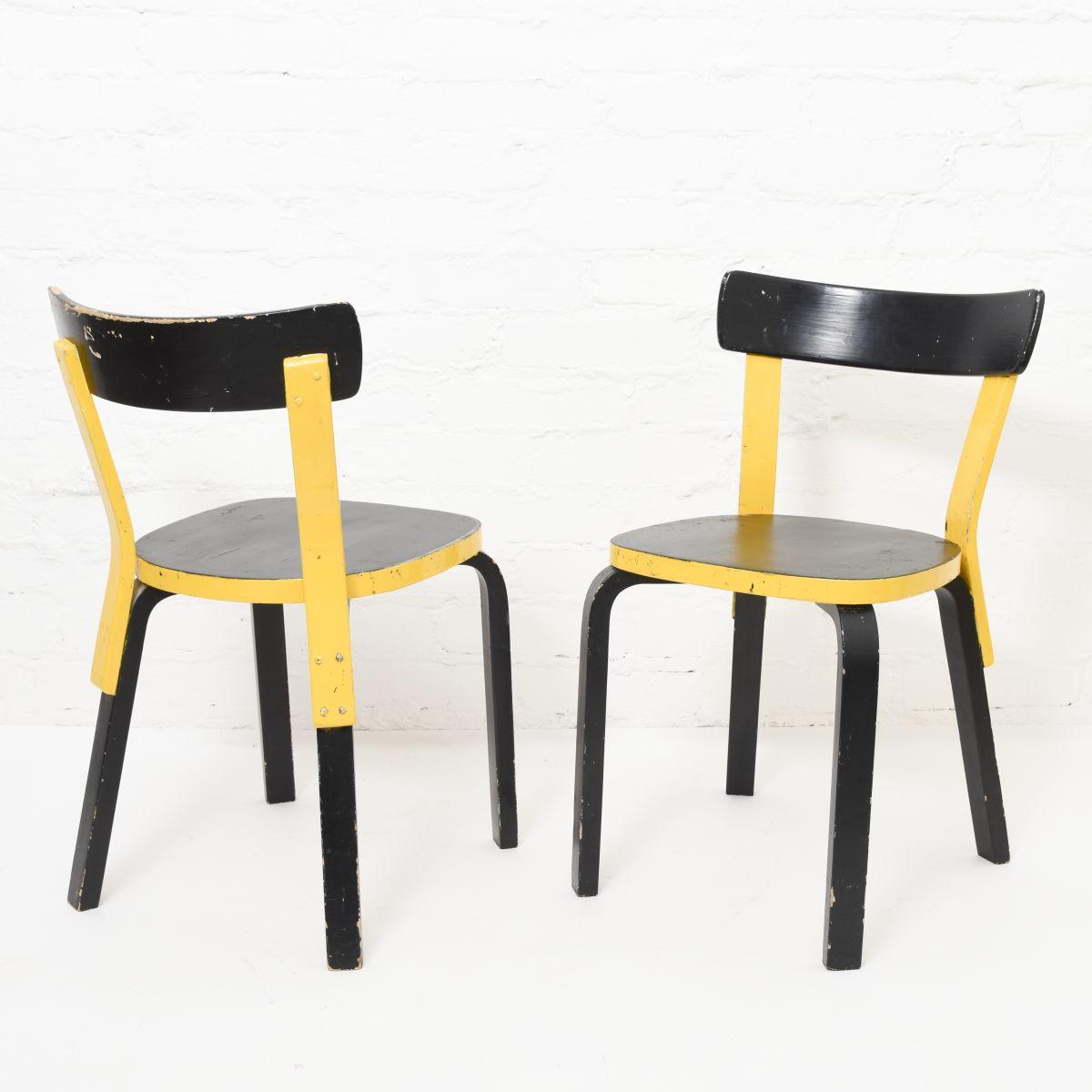 Aalto-Alvar-Chair-69-Painted-Black-Yellow