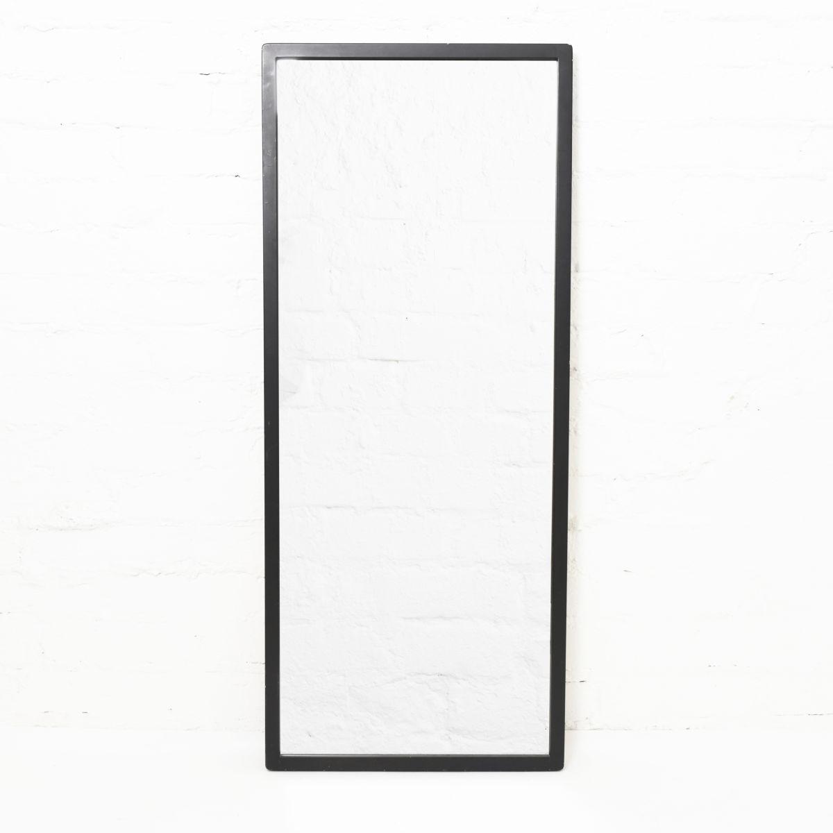 Aalto-Alvar-Mirror-192a-Black