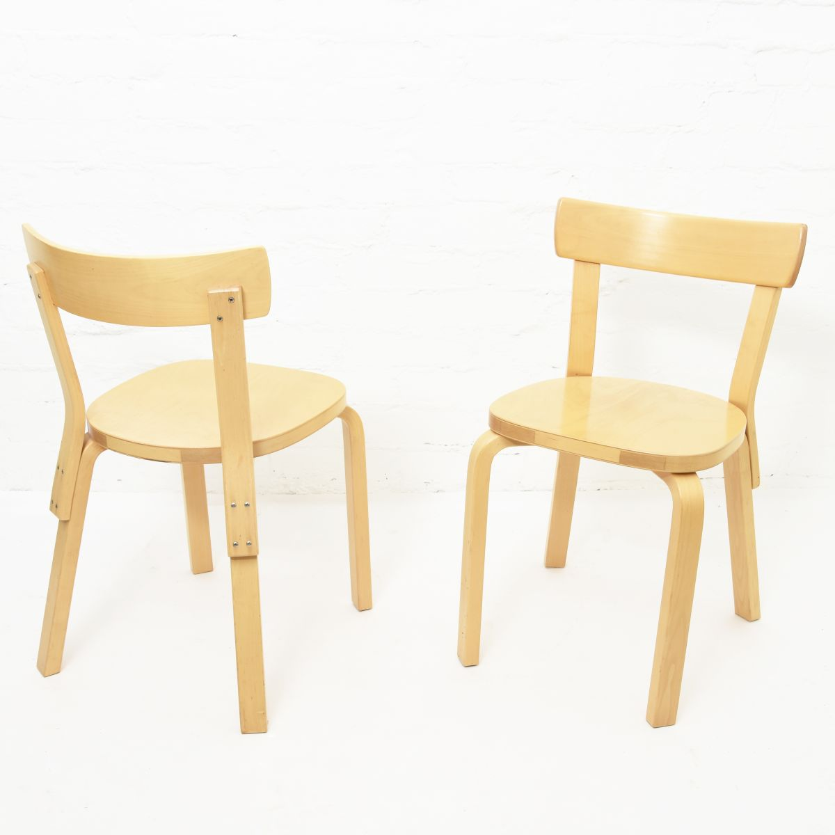 Aalto-Alvar-Chair69-Birch