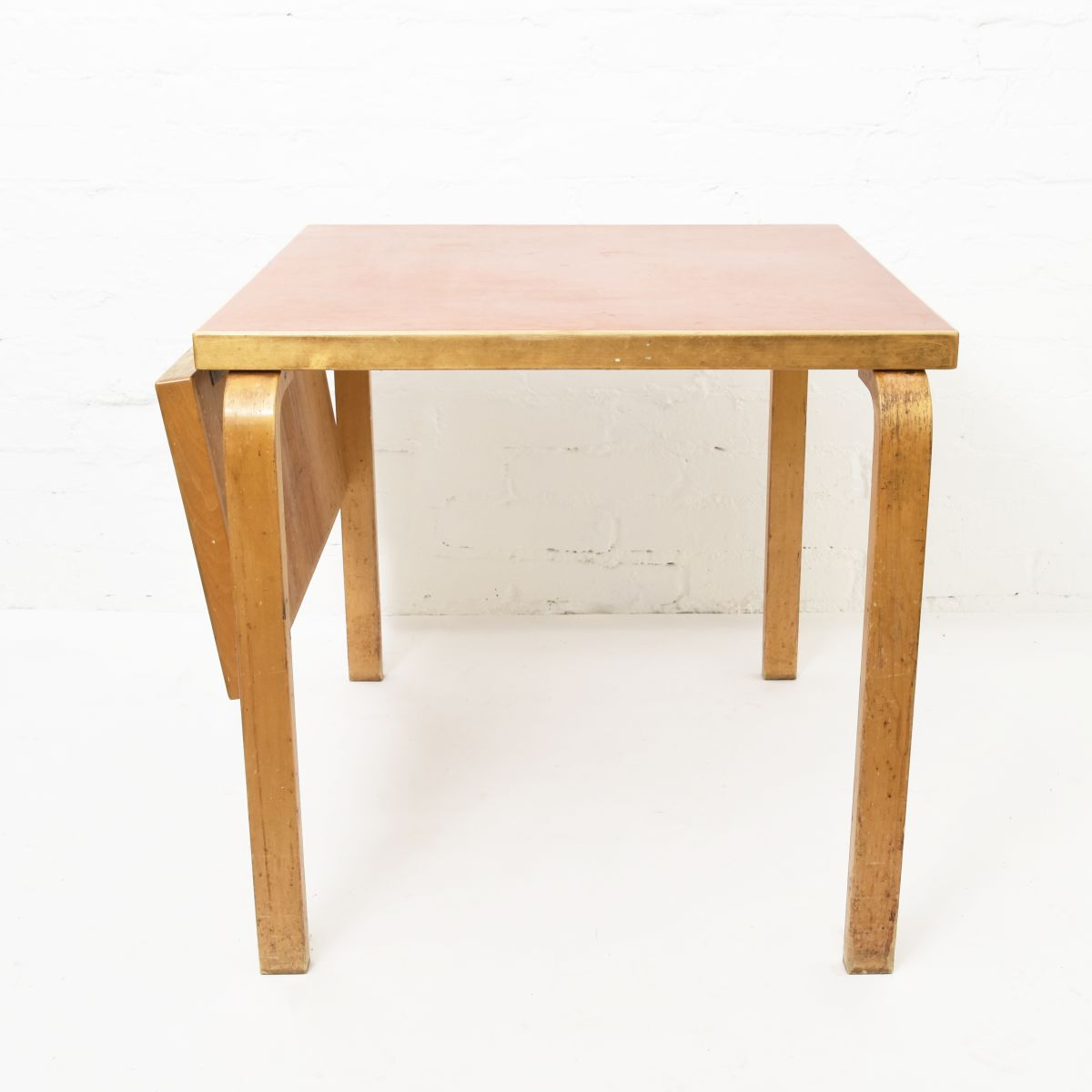 Aalto-Alvar-Drop-Leaf-Table-Red-Linoleum