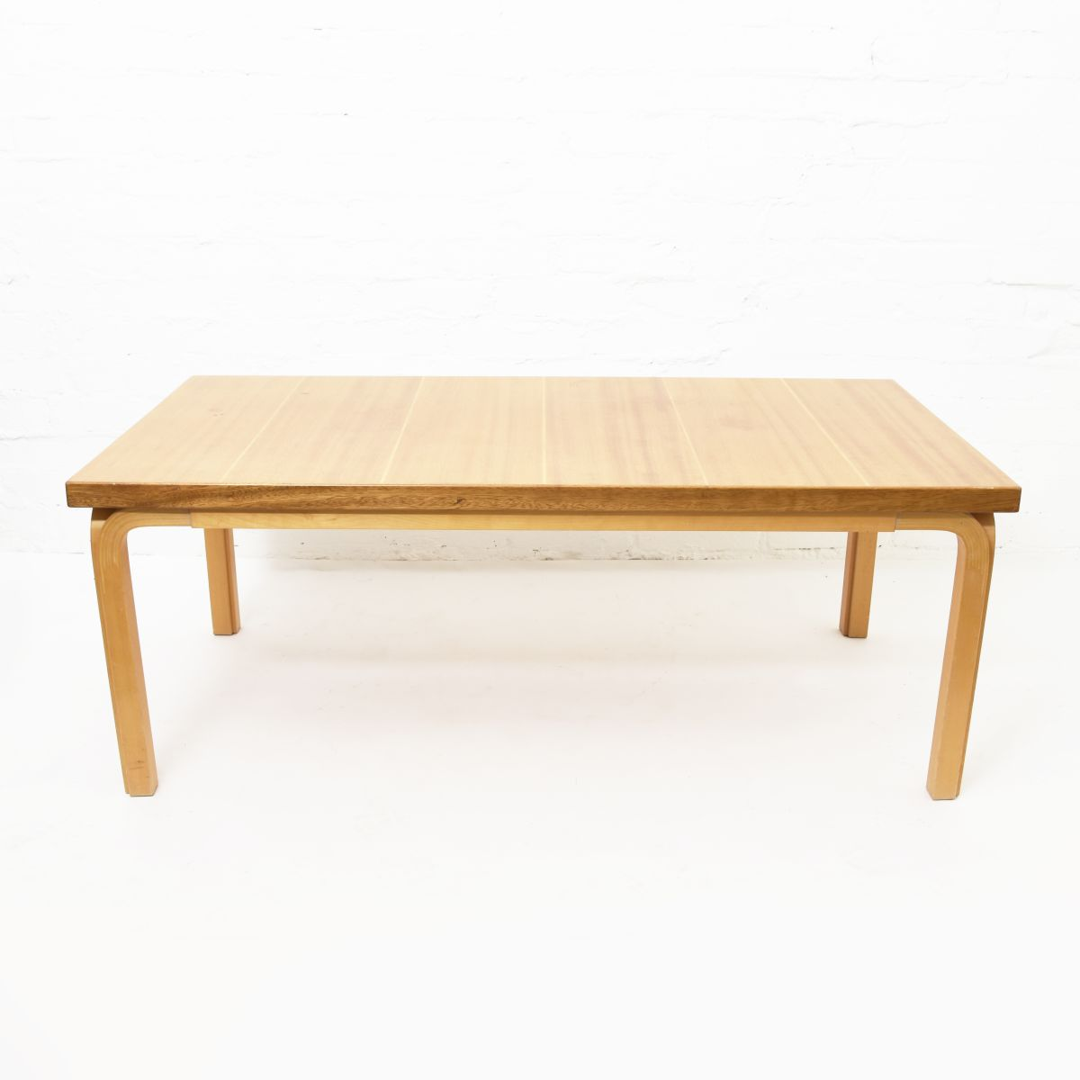 Aalto-Alvar-Coffee-Table-Maogany-Birch-Yleg