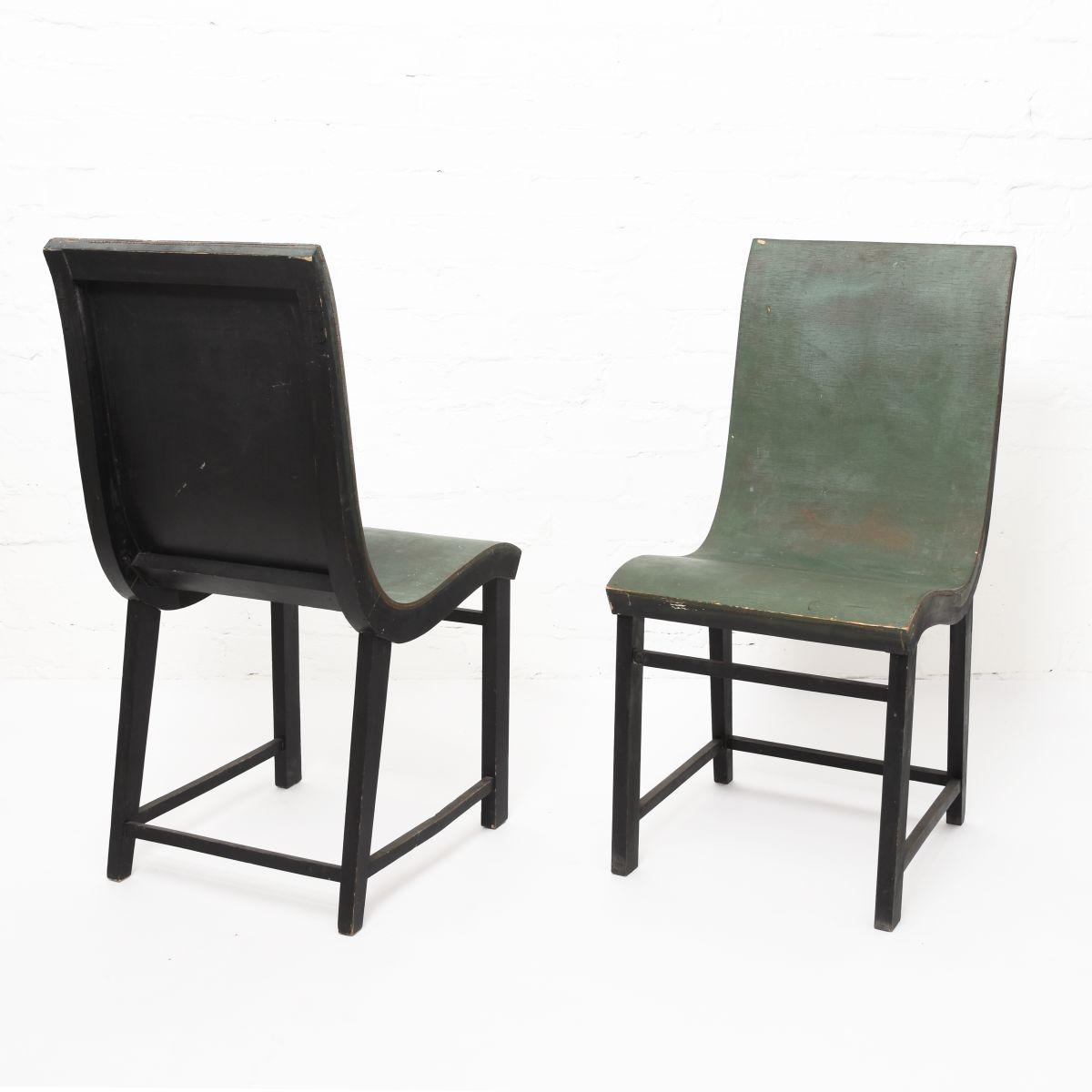 Toivonen-Eevert-Plywood-Chair-Green-Black