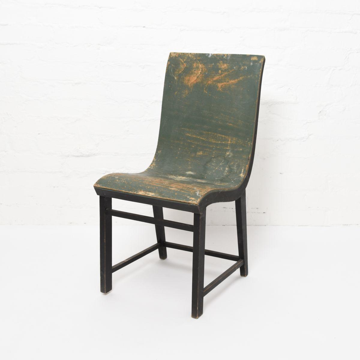 Toivonen-Eevert-Plywood-Chair-Green-Paint
