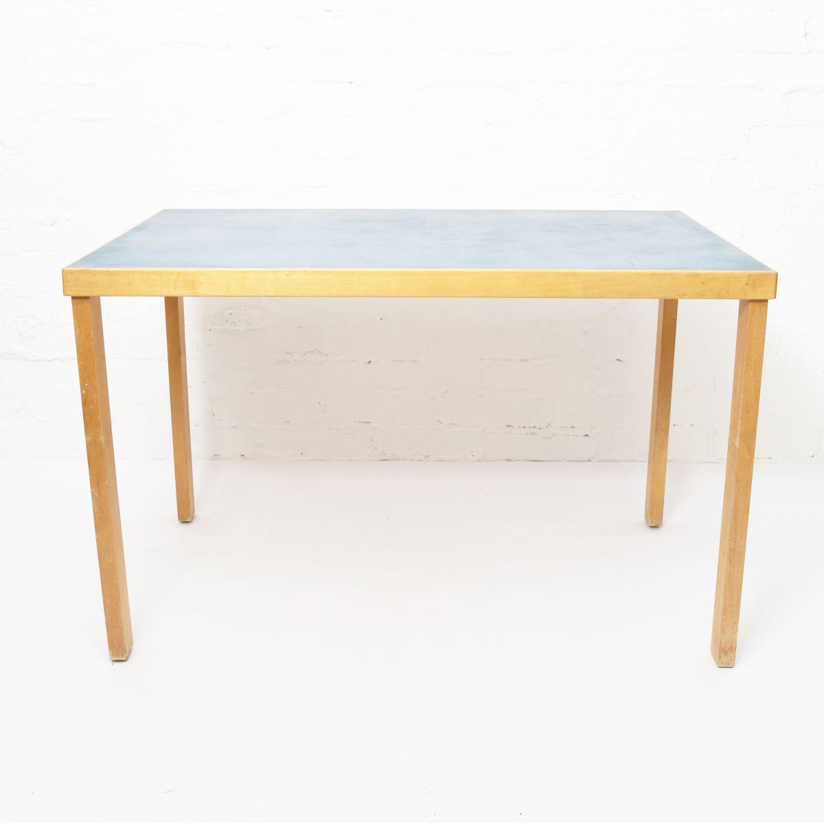 Aalto-Alvar-Early-Table-Blue-Lino