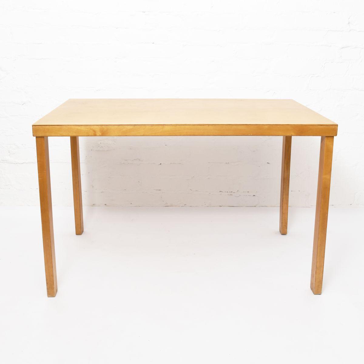 Aalto-Alvar-Ealry-Table-Wood