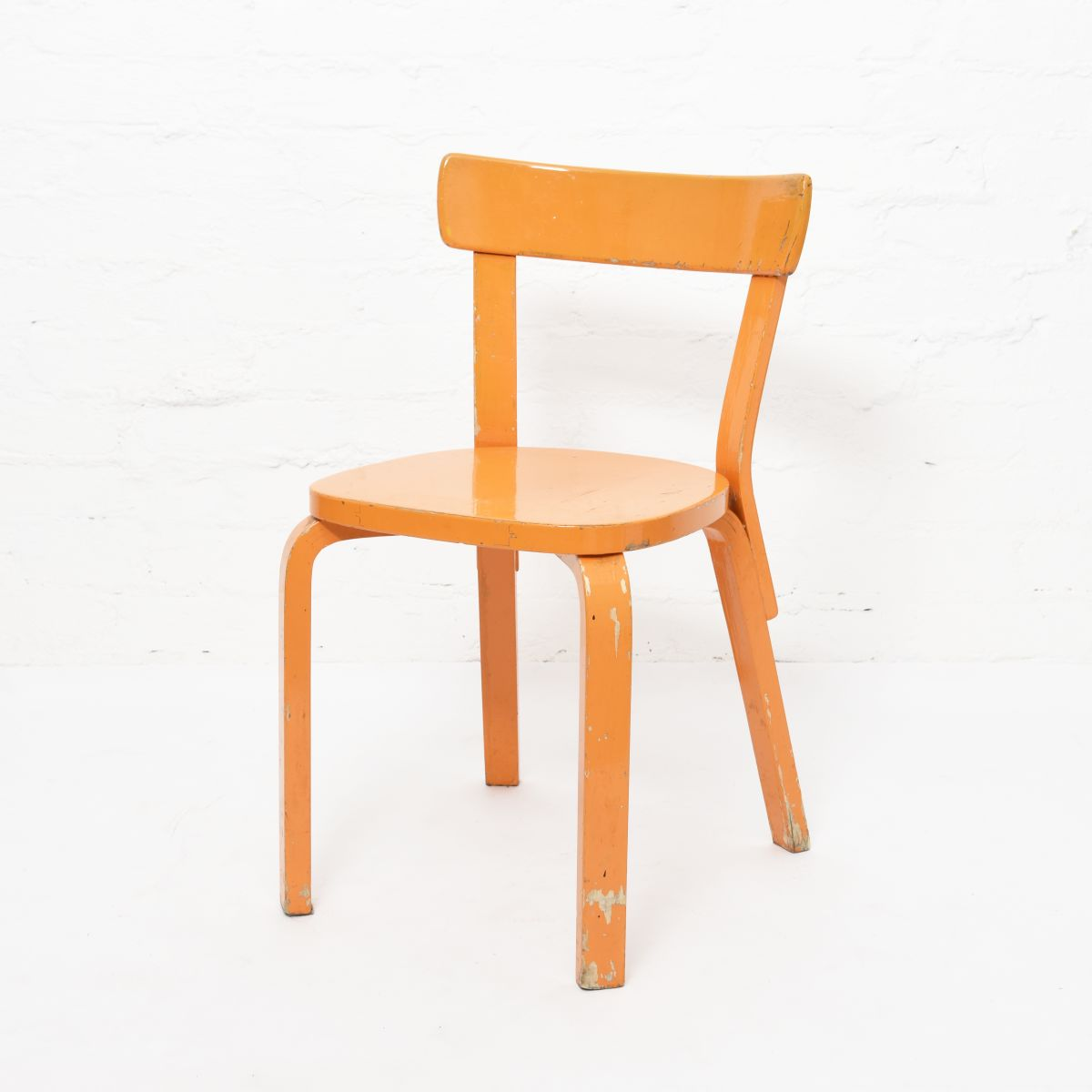 Aalto-Alvar-Chair69-Painted-Blight-Orange
