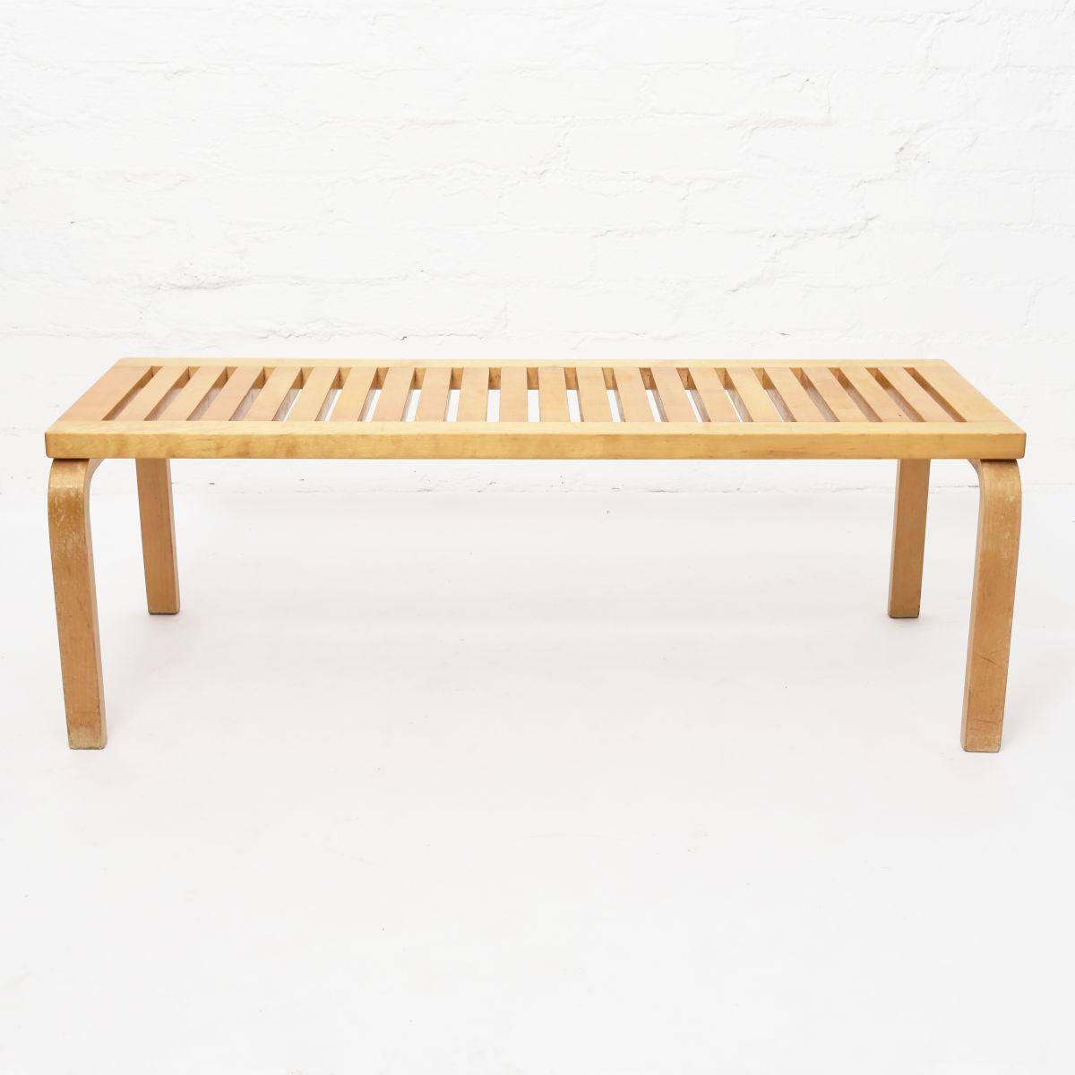 Aalto-Alvar-Ritilä-Bench-112cm-Leg-Out