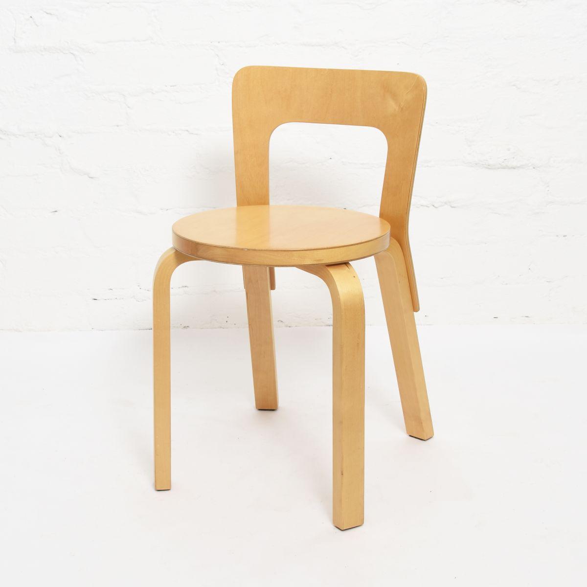 Aalto-Alvar-Chair65-Birch-Finger-Joint