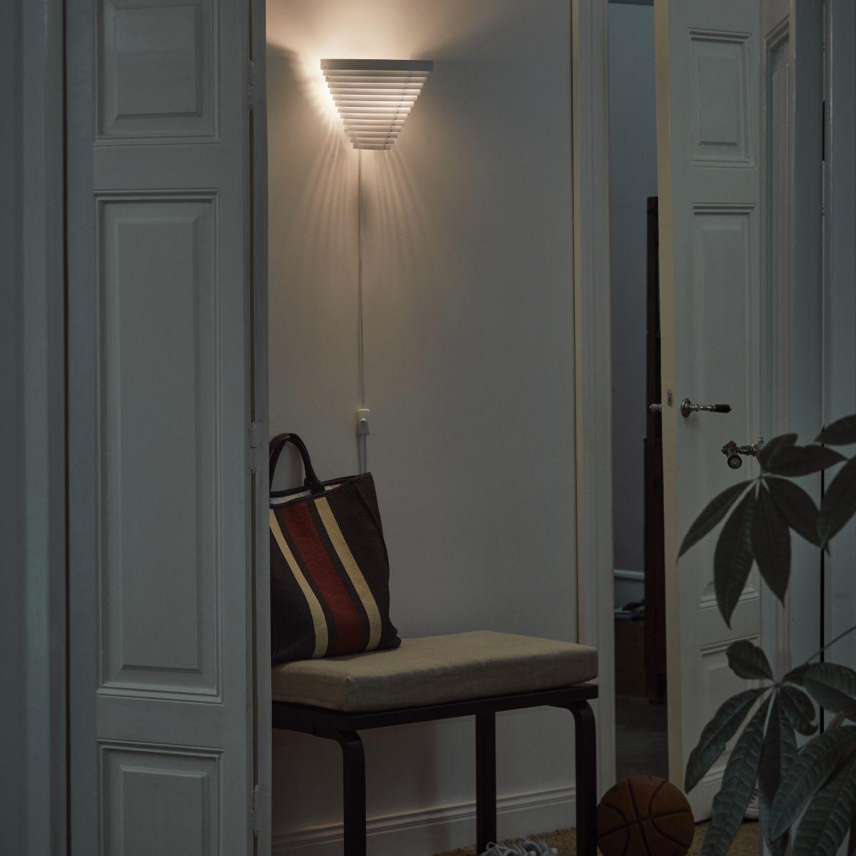 Wall_light_A910_On