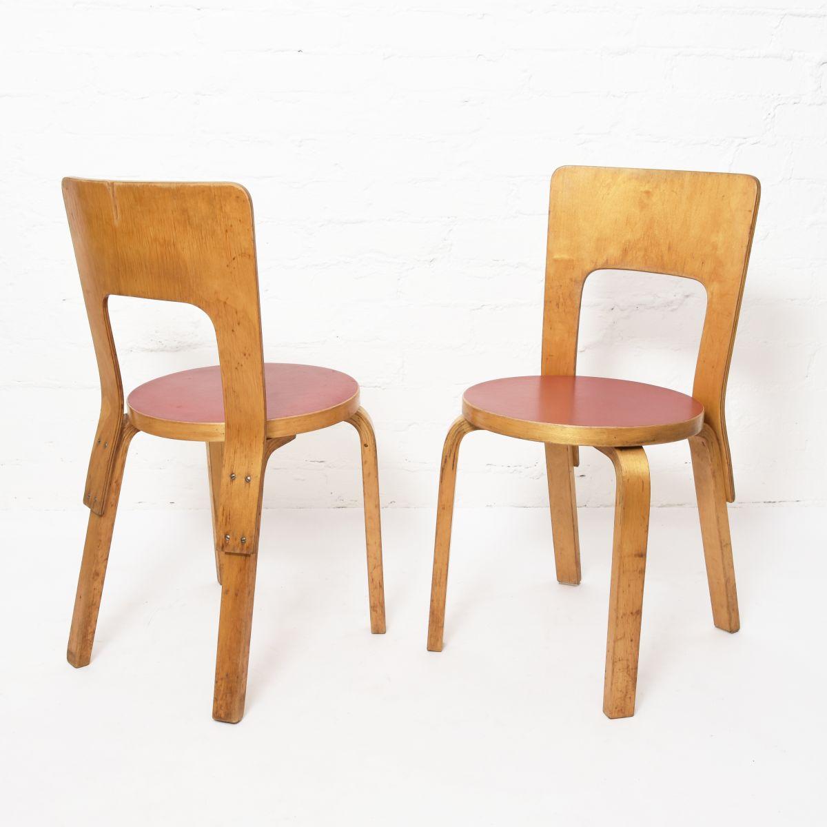 Aatlo-Alvar-Chair66-Red-Linoleum-three