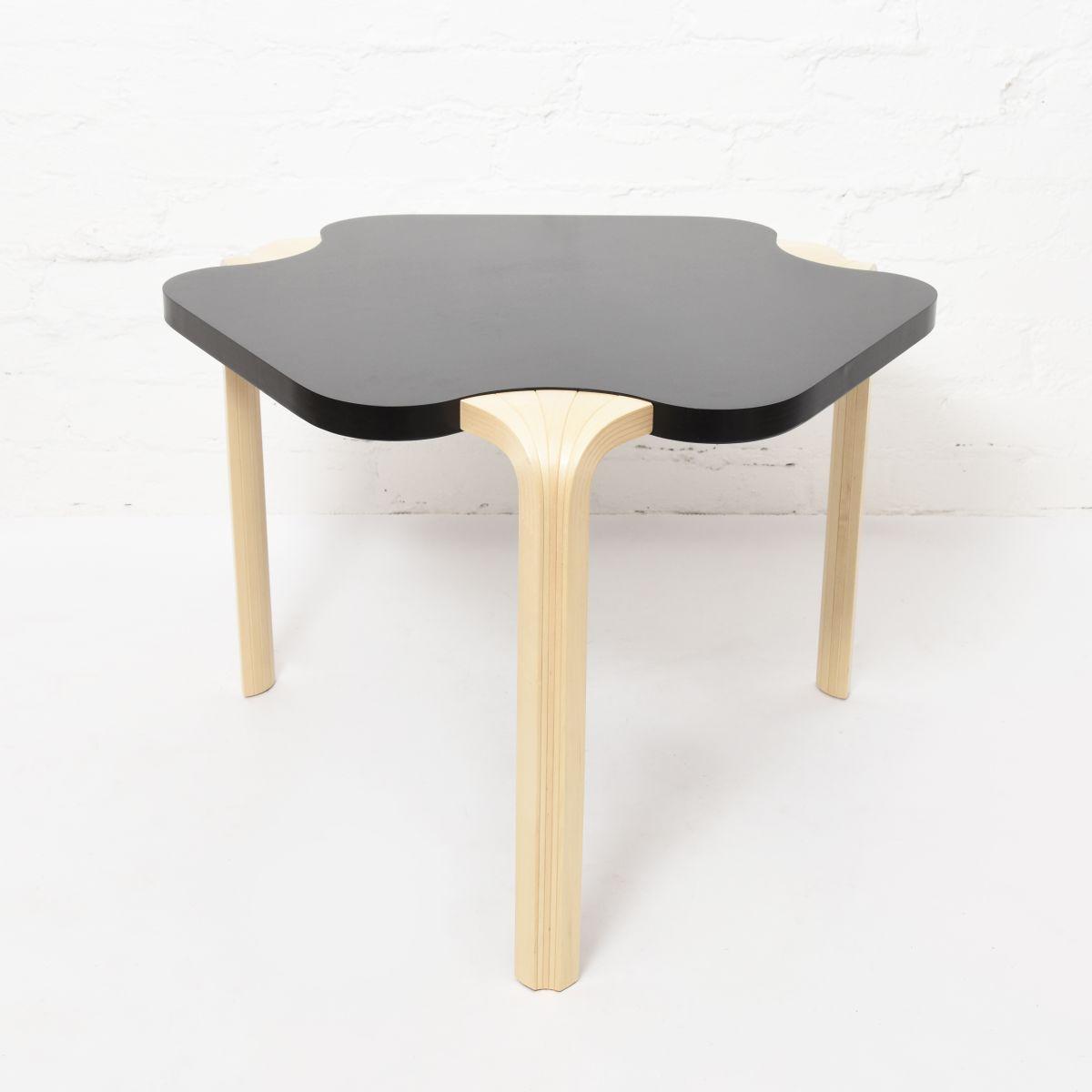 Aalto-Alvar-Maison-Carree-Side-Table