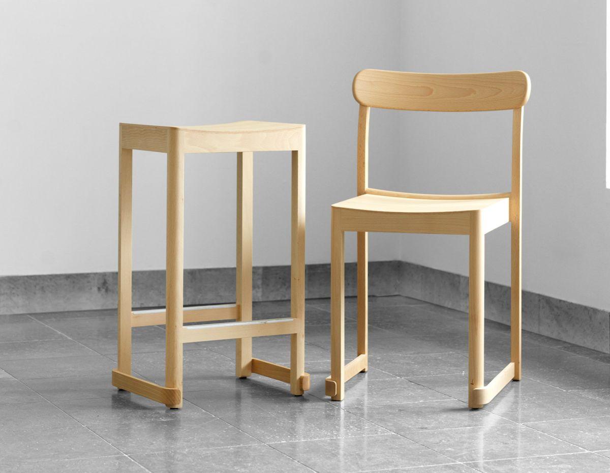 Atelier_Chair_Bar_Stool_Ash_photo_Erik_Undehn