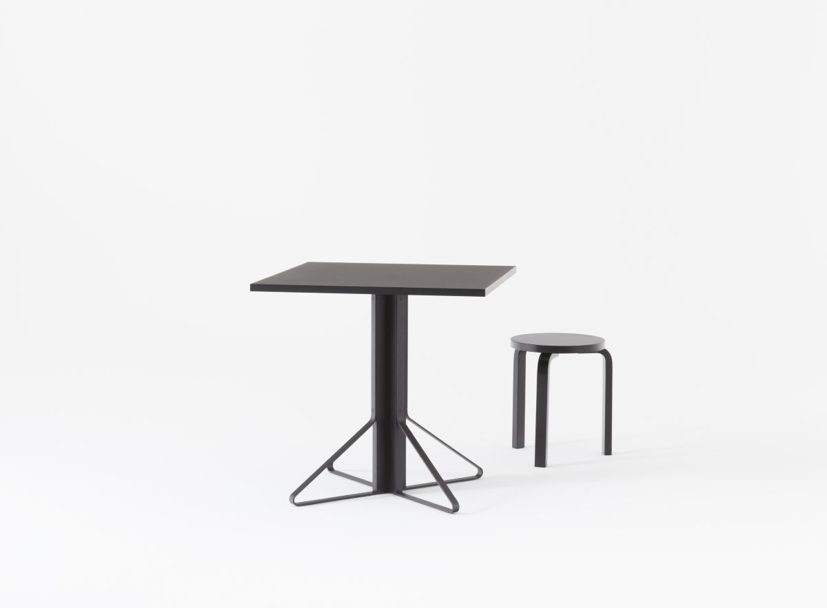 Kaari Table square with Stool 60 3