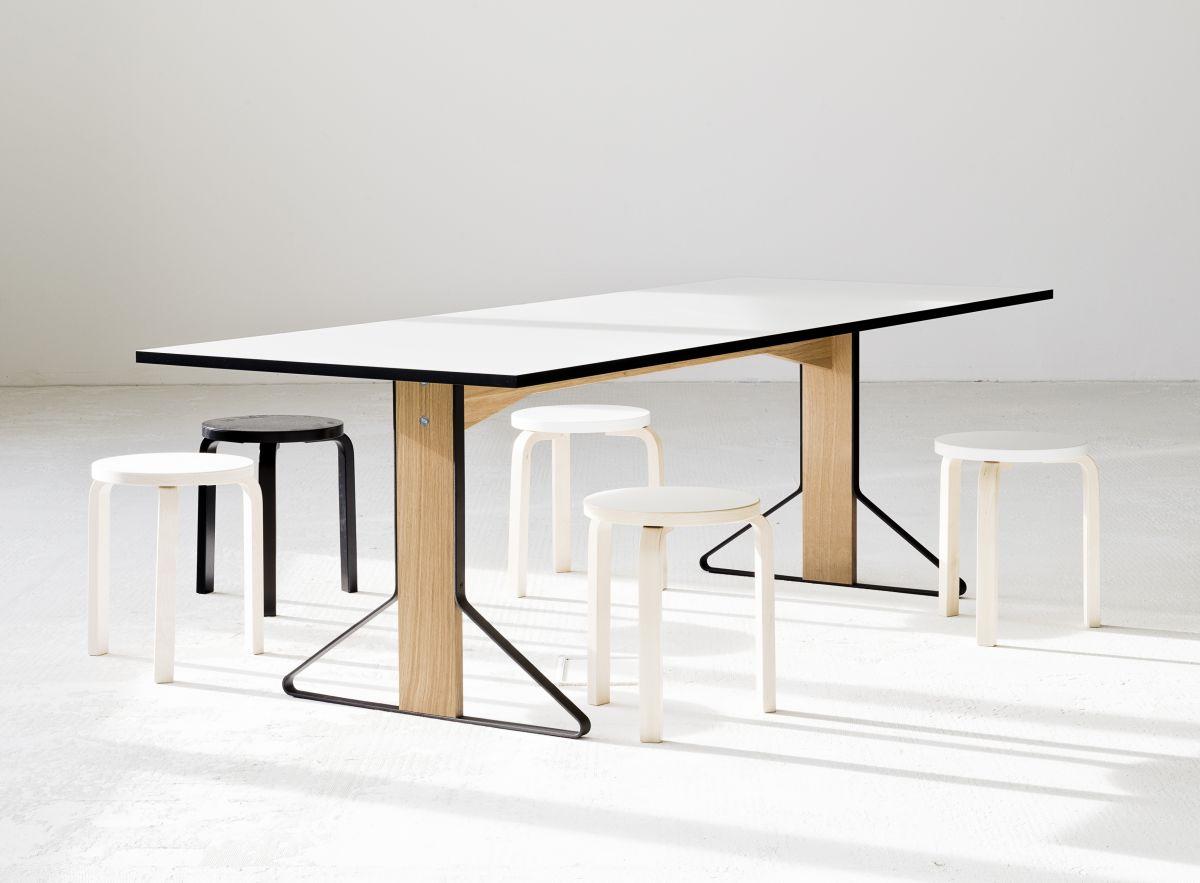 Kaari-Table-Rectangular-Reb001-Natural-Oak-White-Hpl