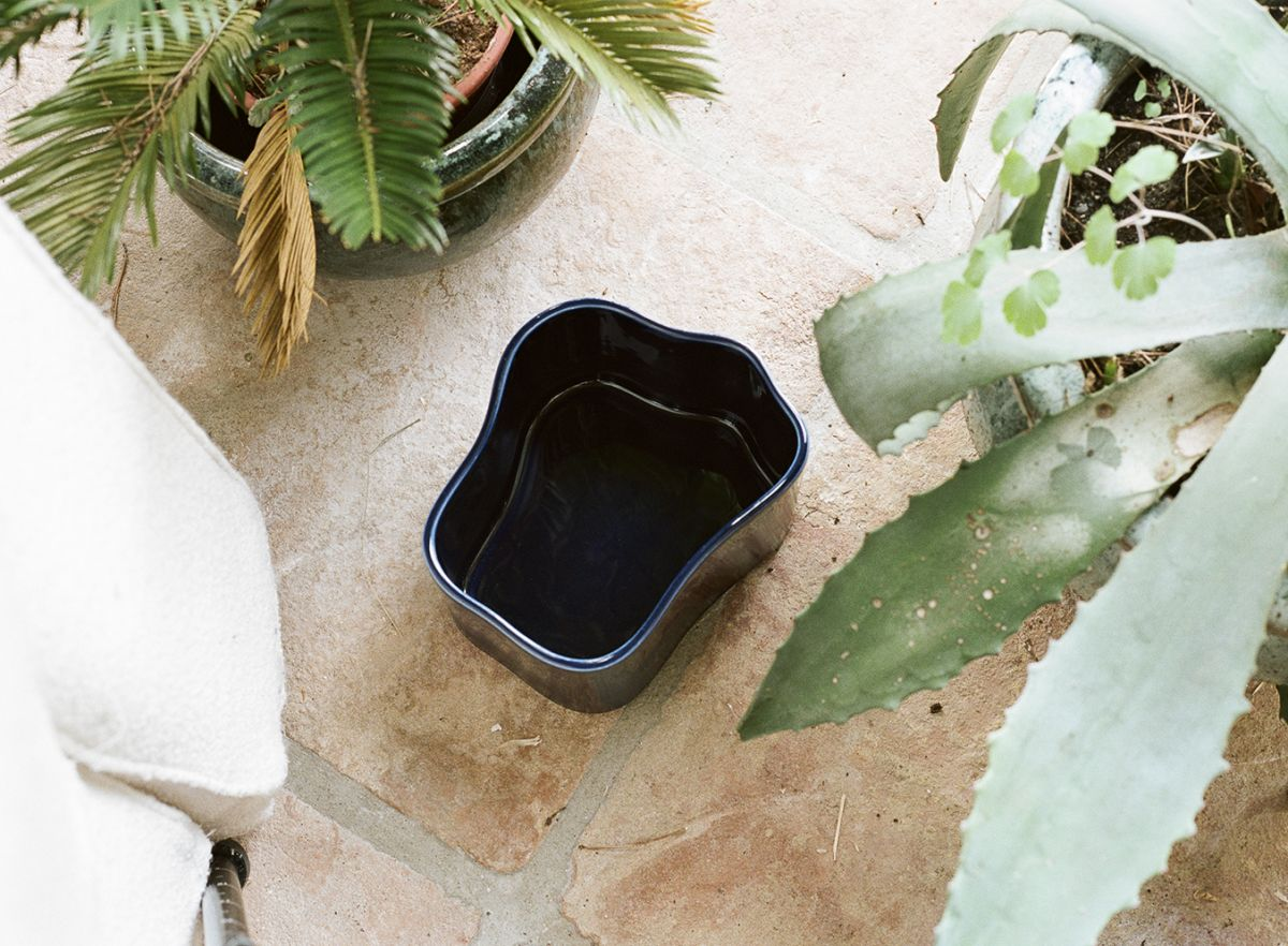 Riihitie Plant Pot B medium blue