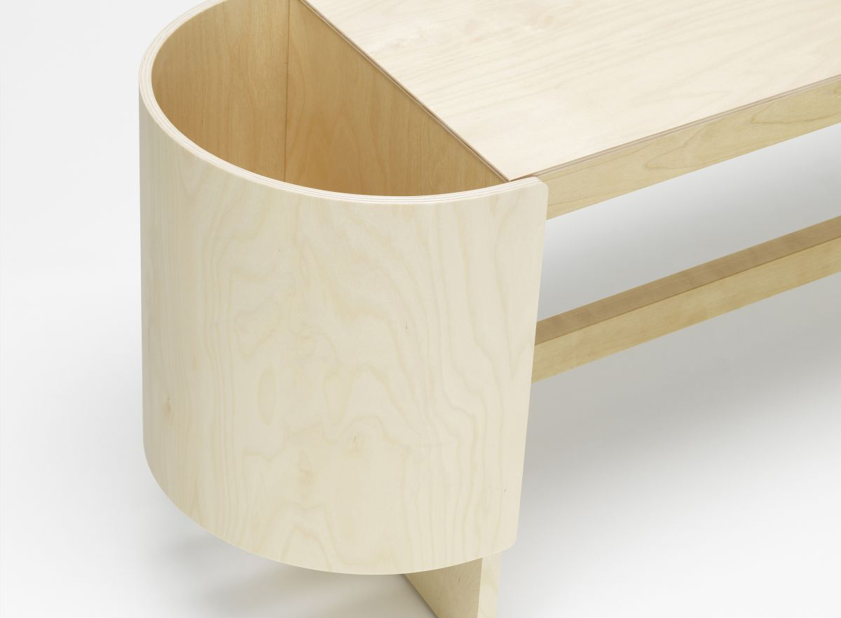 Kiulu Bench Detail, natural lacquered