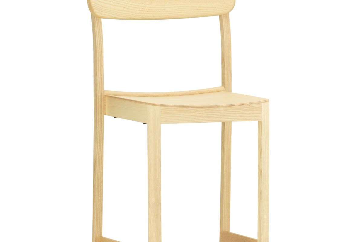2432685_Atelier-Chair-natural-lacquered-ash_WEB_master