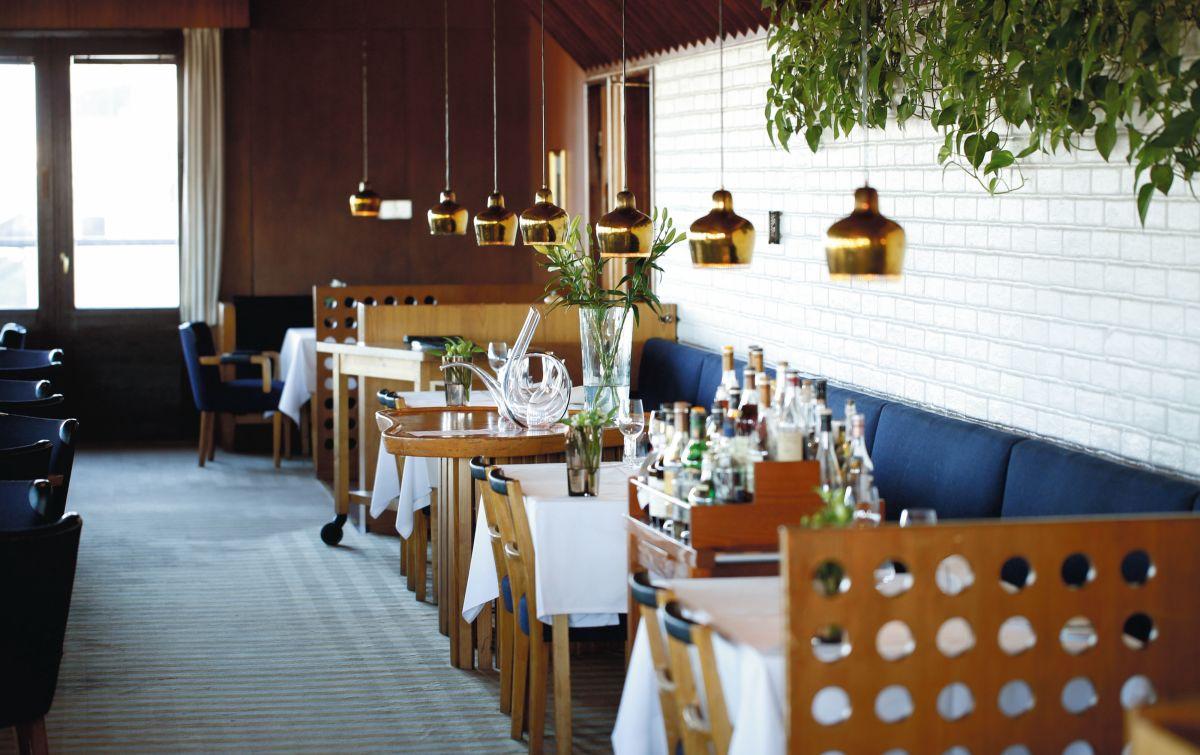 Artek-Golden-Bell-Restaurant-Savoy_0014