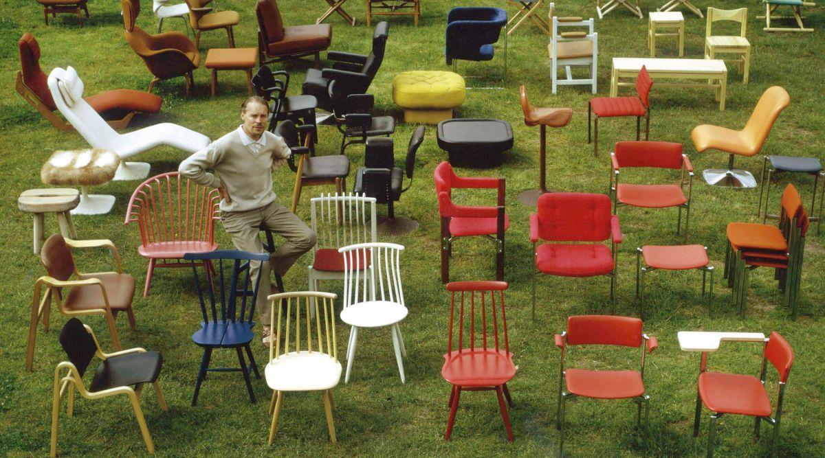 普遍的な木製の椅子を求めて