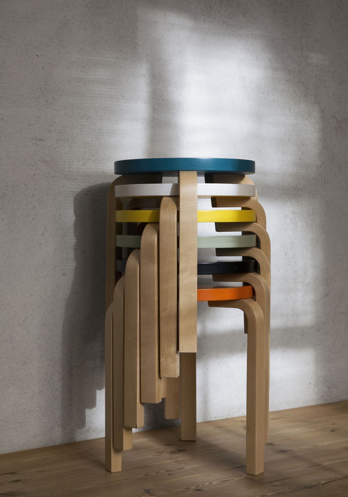 Stool 60_stacked_1