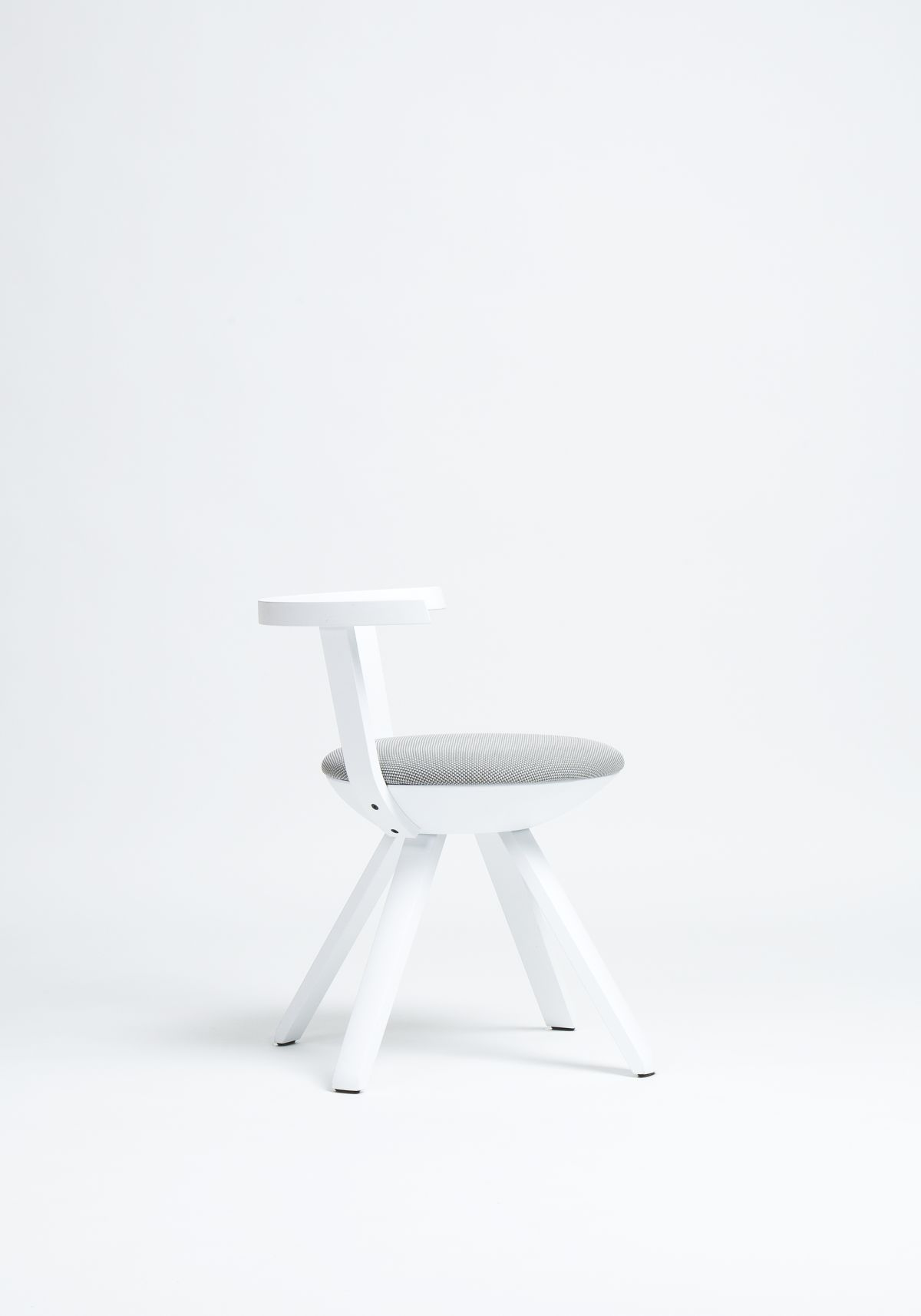 Rival-Chair-Kg001-White-Lacquer