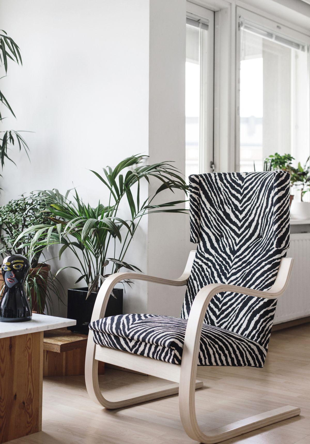 Armchair-401-Zebra-Upholstery