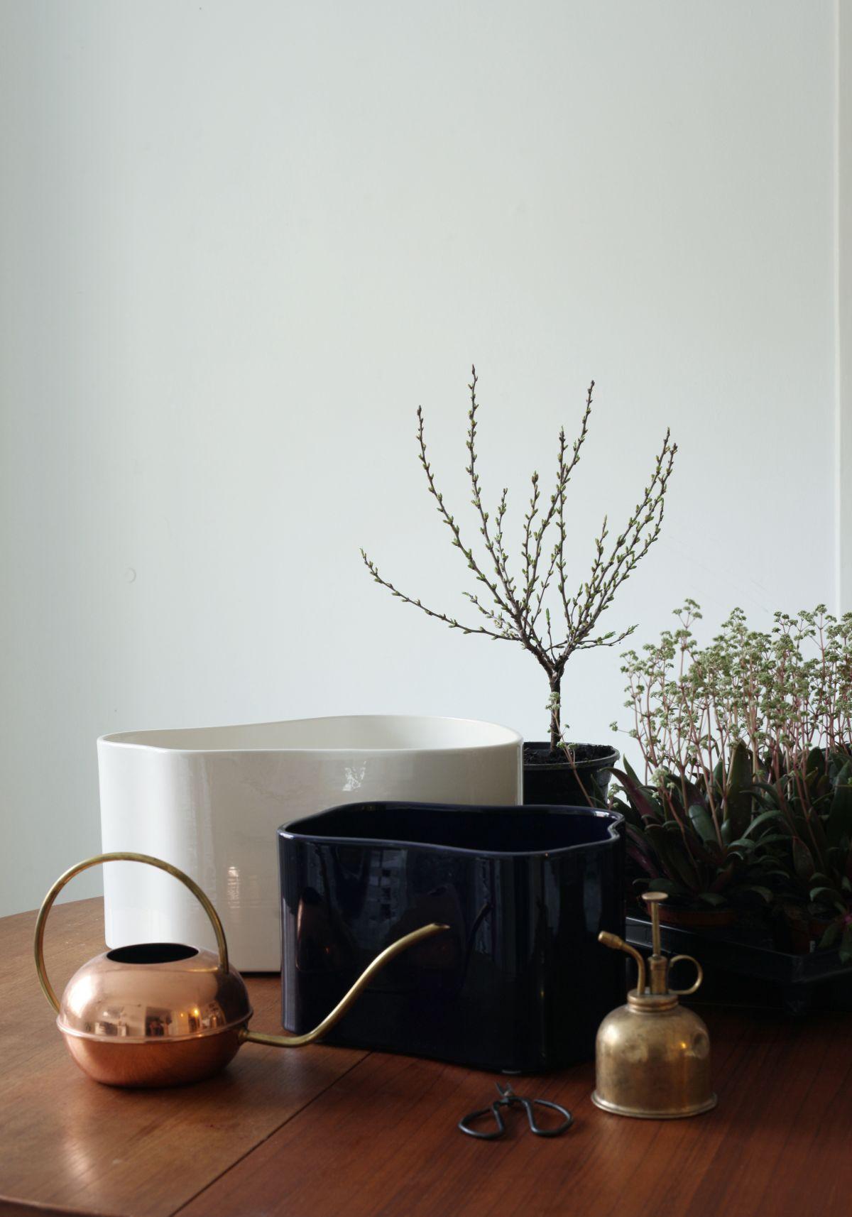 Riihitie Plant Pot A Large White B Medium Blue_4