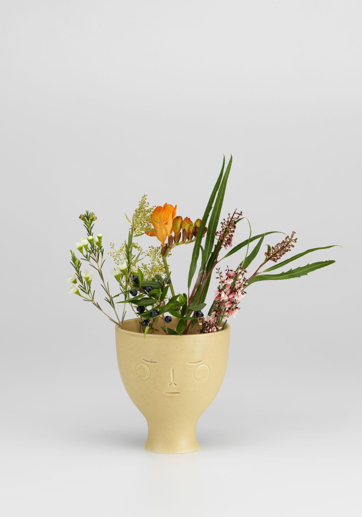 Secrets of Finland, Midsummer dream vase