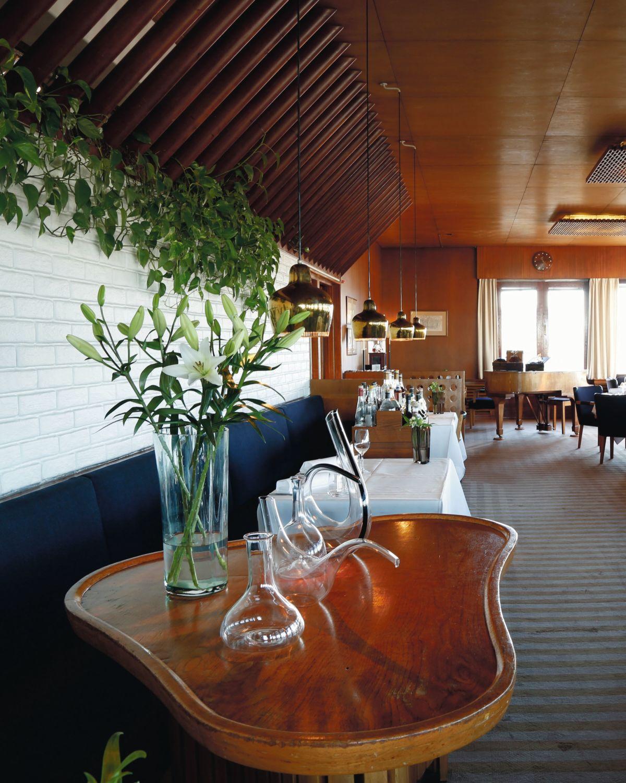 Artek-Golden-Bell-Restaurant-Savoy_0013