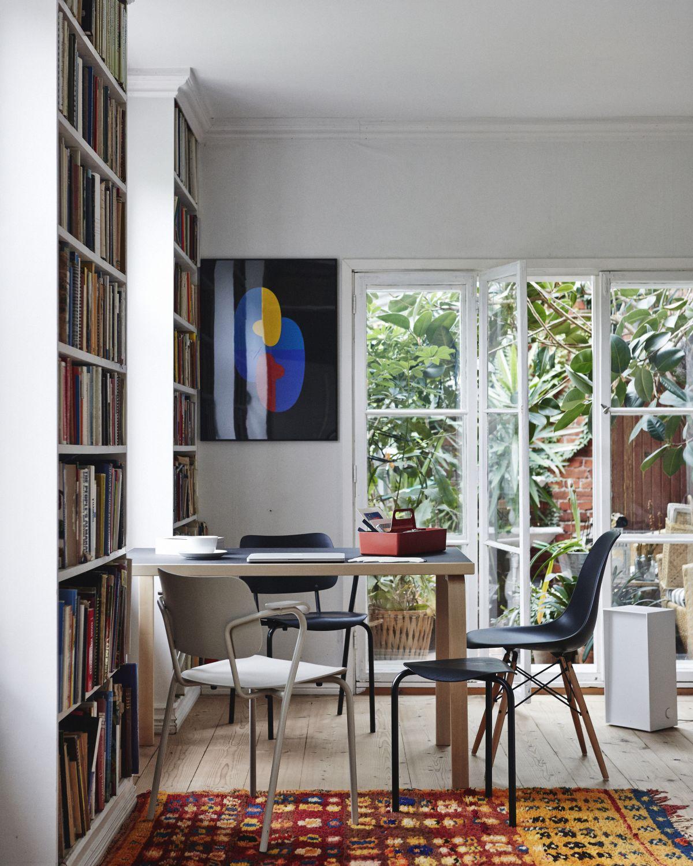 Lukki Chair Aalto Table rectangular 81B_1