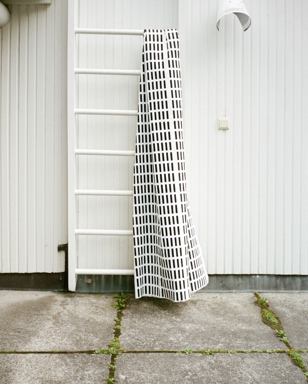 Siena-Fabric-White_Black