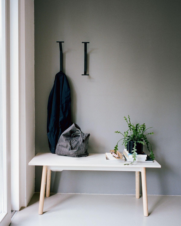 Kiila_Bench_clear_lacquer_stone_white_top_Kaari_Hooks