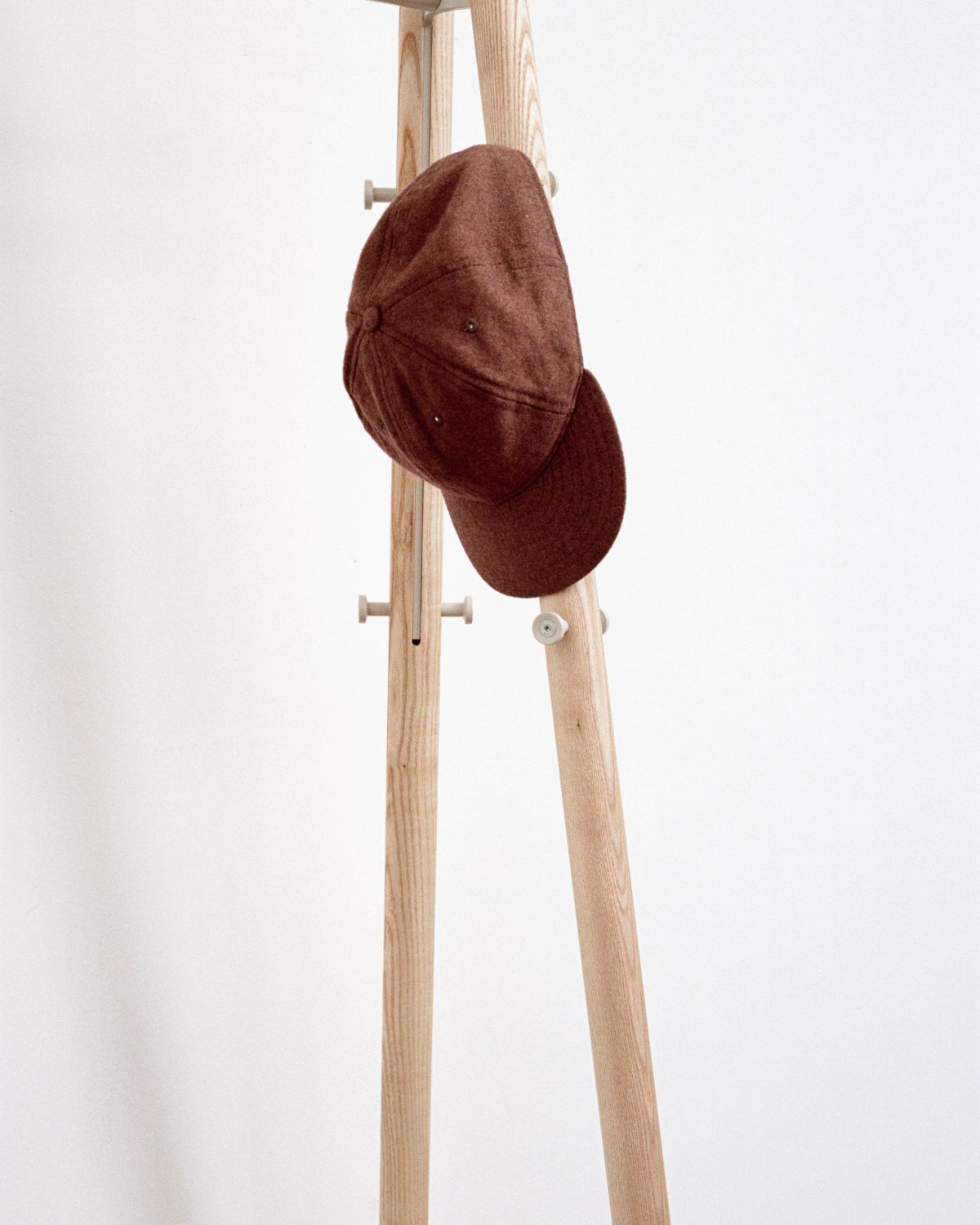 Kiila coat rack