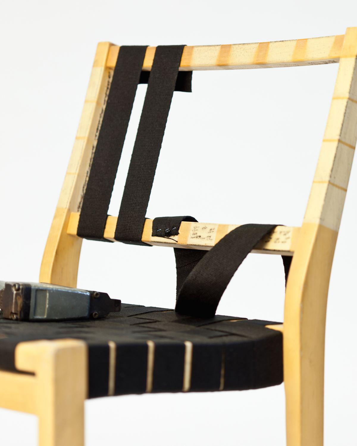 Chair_611_Photo_Juha_Nenonen