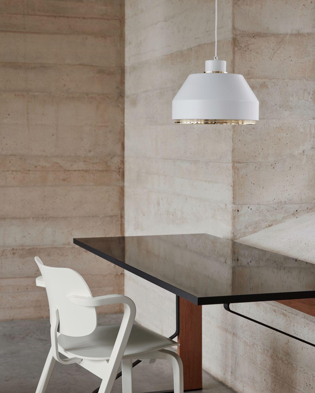 Aslak_Chair_Pendant_Light_AMA500_Kaari_Desk_photo_Mikko_Ryhanen