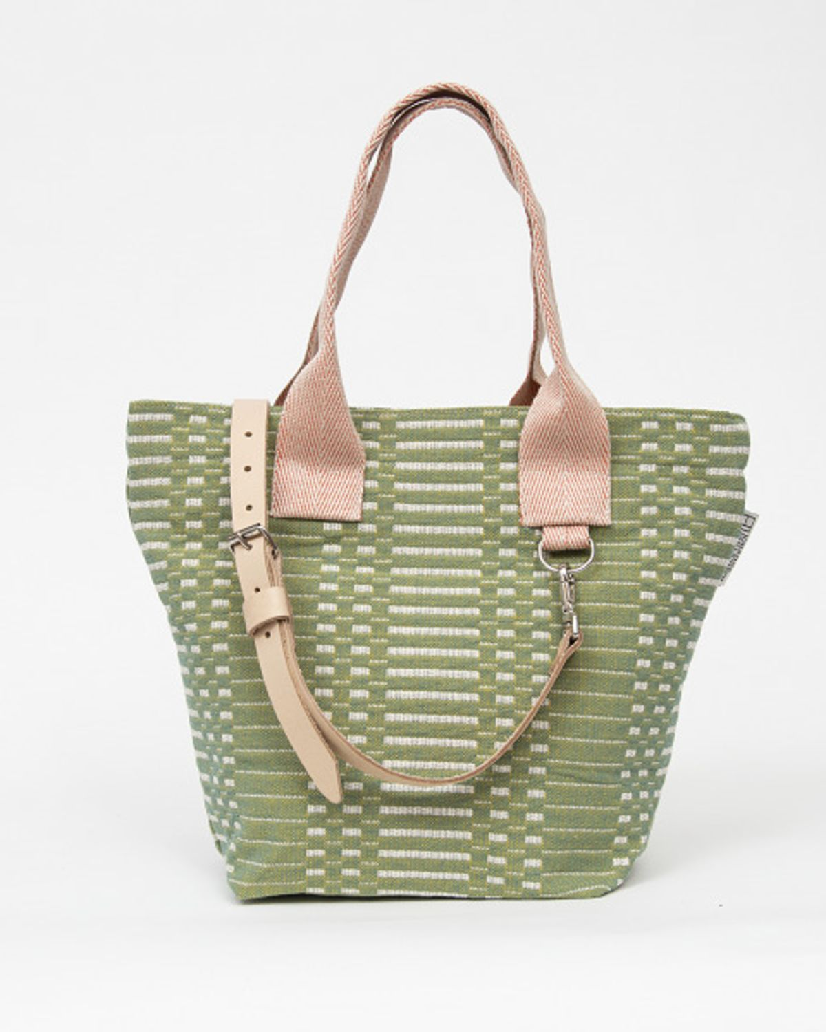 Johanna-Gullichsen-Sakura-Bag-Helios-Almond-light-leather-strap